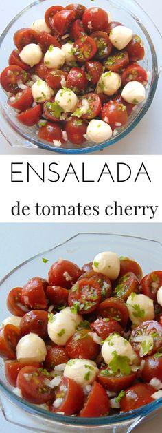 Ensalada de tomates cherry y queso mozzarella Tomate Mozzarella, Fruit Salad, Salads, Lunch Box, Veggies, Tasty, Nutrition, Healthy Recipes, Dinner