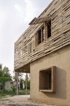 Architecture by Tipu Sultan Merkez, Pakistan. Bamboo Architecture, Vernacular Architecture, Sustainable Architecture, Contemporary Architecture, Architecture Design, Residential Architecture, Wattle And Daub, Bamboo Building, Natural Building