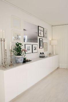 Ikea inexpensive kitchen cabinets with new top // studio karin: MÄKLARFOTOGRAFERING HOS MIG DIE WAND GEGENÜBER DEM ECKSOFA IM WOHNZIMMER!!! Muss SEIN! ähnliche tolle Projekte und Ideen wie im Bild vorgestellt findest du auch in unserem Magazin . Wir freuen uns auf deinen Besuch. Liebe Grüße