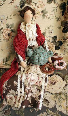Куклы Тильды ручной работы. Мамин чай. Ирина Шляпкина. Интернет-магазин Ярмарка Мастеров. Тильда кукла, душевный разговор