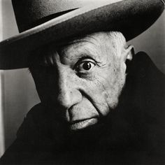 Bid now on Picasso (B) Cannes, 1957 by Irving Penn. View a wide Variety of artworks by Irving Penn, now available for sale on artnet Auctions. Pablo Picasso, Foto Portrait, Portrait Photography, Life Photography, Black And White Portraits, Black And White Photography, High Contrast Photography, Irving Penn Portrait, James Van Der Zee