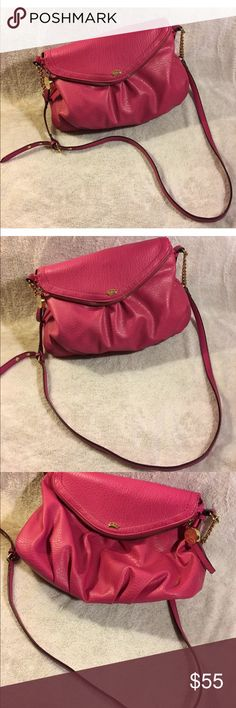 Juicy couture pink greta fold over messenger bag Great condition juicy couture pink greta fold over gold accent traveler messenger bag Juicy Couture Bags Crossbody Bags