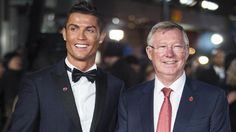 Cristiano Ronaldo has told Alex Ferguson he wants Real Madrid exit Soccer Drills, Soccer Coaching, Soccer Players, Gareth Bale, Manchester United, Real Madrid, Soccer Predictions, La Champions League, Stars News