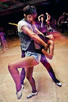 Salsa dancing at Hilton Metropole Bachata Dance, Salsa Bachata, Dance Moves, Dance Like No One Is Watching, Dance With You, Tango, Salsa Party, Baile Latino, Salsa Dancing