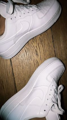 Pin by ceren on - shoes - in 2019 Nike Shoes Air Force, Nike Air, Sock Shoes, Shoe Boots, Nike Slippers, Shoes Sneakers, Shoes Heels, Hype Shoes, Custom Shoes