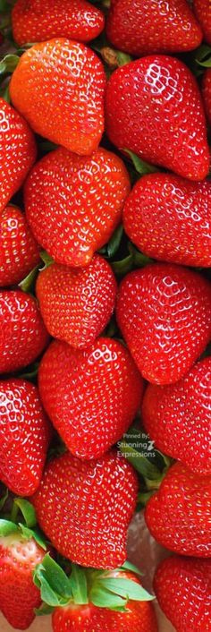 Fruit And Veg, Fruits And Vegetables, Fresh Fruit, Fruits Photos, Fruit Photography, Food Wallpaper, Beautiful Fruits, Strawberry Fields, Delicious Fruit