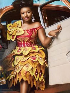 African fashion is available in a wide range of style and design. Whether it is men African fashion or women African fashion, you will notice. African Fashion Ankara, Latest African Fashion Dresses, African Dresses For Women, African Print Dresses, African Print Fashion, African Attire, African Women, Ankara Dress Styles, Kente Styles