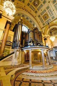 Concert hall in St George's Hall, Liverpool is GORGEOUS!