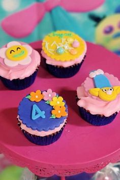 Check out this cute Trolls birthday party! The cupcakes are fantastic! See more party ideas and share yours at CatchMyParty.com #catchmyparty #partyideas #trolls #trollsparty #girlbirthdayparty Trolls Birthday Party, Troll Party, Birthday Parties, Vanilla Cupcakes, Chocolate Cupcakes, Troll Cupcakes, Cupcake Images, Cupcake Bakery, Cupcake Flavors