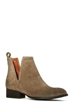Jeffrey Campbell Muskrat Boot - Taupe - Flats | Ankle | Jeffrey Campbell I'll take these, size 7. Thx.