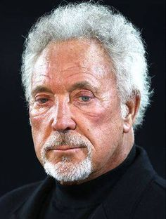 Sir Tom Jones the Legend. Best friends with Elvis & Sinatra now 50 years in the business and still going strong Sir Tom Jones, Pop Singers, Forever Young, Elvis Presley, Rock Bands, The Beatles, Toms, Lifestyle, Music