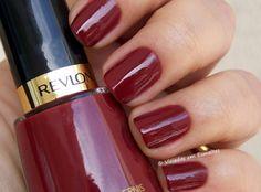 Esmalte Revlon Raven 721 Bellisima, Fashion Beauty, Manicure, Burgundy, Nail Polish, Style, Work Nails, Make Up, Enamels