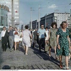 Al. Jerozolimskie / Marszałkowska, koniec lat '60 Ppr, Cold War, Poland, Illusions, City Photo, Nostalgia, Louvre, Film, People