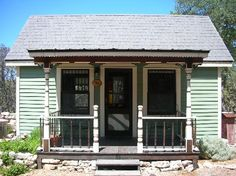 The Tiny House at Homestead Cottages in Canyon Lake, Texas. A Tiny Texas House for rent!