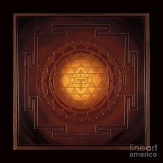 Golden Sri Yantra- Charlotte Backman I see geometric shape in the middle ground because there is no nature involved.