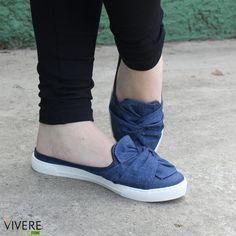 Um encanto de calçado! #viverestore #moleca #mule #loafer #jeans #laço