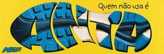 Read more: https://www.luerzersarchive.com/en/magazine/print-detail/m-2000-3280.html M 2000 M2000. Anyone who doesn´t wear them is an idiot. Tags: Richard Kohout,José Borghi,Erh Ray,M 2000,DM9DDB, São Paulo