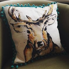 Amy Chan created this amazing cushion using our cotton drill.