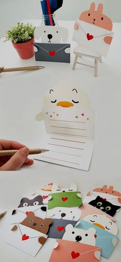 Write on this adorable Heart Animal Message Card! - Write on this adorable Heart Animal Message Card! Kids Crafts, Diy And Crafts, Easy Crafts, Cute Cards, Diy Cards, Love Gifts, Diy Gifts, Diy Paper, Paper Crafts