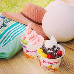 Summer time  #summer #froyo #froyonation #yogurtys #colors #fruit #healthy #candy #nom
