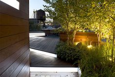 Unfolding Rooftop Terrace in Brooklyn, New York - an urban roofscape spectacle by landscape architect Terrain-NYC Inc.