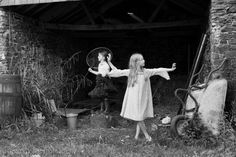 6 Ways to Capture the Fleeting Moments of Childhood