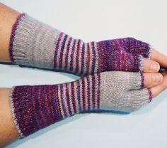 colour me beautiful mitts pattern by Helen Kennedy | malabrigo Mechita in Polar Morn and Aniversario