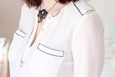 DIY Black & White Outlined Shirt by Morning by Foley, via Flickr