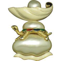 Very Rare HATTIE CARNEGIE Vintage Enamel Gold Plated Figural Turtle Brooch Pin