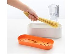 Pasta Cooker by Lekue The Pasta Cooker is a new utensil to cook all types of pasta in the microwave. It is a great time saver since there is no need to boil water first. Just follow the instructions on the pasta box, there is no need to break your spaghetti in half. Wash, cook and drain in the same vessel; the lid becomes the colander.