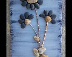 Unique pebble art pictures and so much more by PebbleArtMemories Stone Pictures Pebble Art, Stone Art, Painted Driftwood, Driftwood Art, Art Floral, Images D'art, Pebble Art Family, Photos Originales, Stone Wrapping