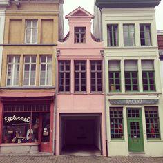Sjoesjoe in Gent, Belgium