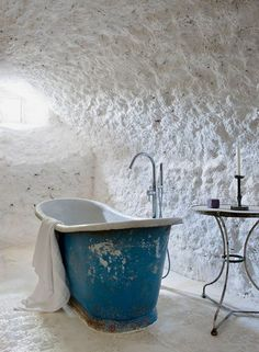 9 Out-of-the-Ordinary Grotto Style Baths to (Virtually) Escape To | Apartment Therapy