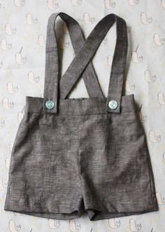 Check out 12 Back to School DIY Clothes You Can Make For Kids   Vintage Suspender Shorts, DIY Boys Overalls by DIY Ready at http://diyready.com/back-to-school-diy-kids-clothes/