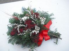 Dušičková kytička vázaná Xmas Wreaths, Diy And Crafts, November, Advent, Holiday Decor, Flowers, Plants, Home Decor, Nice Asses
