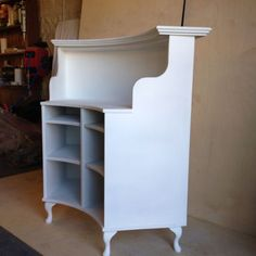 Curved-Salon-Reception-Desk-French-style-shabby-chic-painted-satin-white