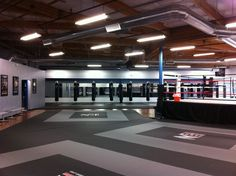Home Gym - beautiful mma gym - http://amzn.to/2fSI5XT