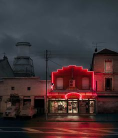"""""""Red Light"""" – Lost Parisian Cafés Captured in Rainy Nights by Blaise Arnold Neon Aesthetic, Night Aesthetic, Night Photography, Street Photography, City Lights, Red Lights, Rainy Night, Rainy Days, Dramatic Lighting"""