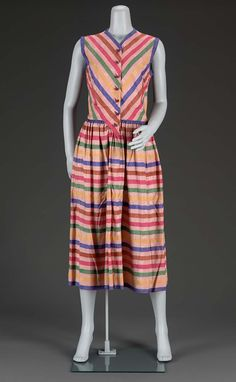 1950s, America - Woman's day dress by Claire McCardell - Printed silk plain weave