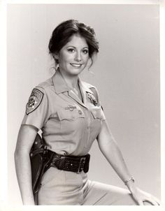 brianne leary - of CHiPs fame Larry Wilcox, 80 Tv Shows, Female Cop, Childhood Tv Shows, Hero Movie, Cinema, Fans, Chips, Sweet Memories