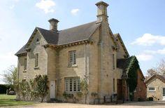 Cheltenham Self-catering Accommodation - Hen Houses