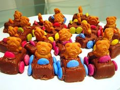 Mini moro bars with tiny teddy's and m