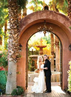 Phoenix wedding venues and reception sites for your big day celebration. Choose a venue that fits your wedding style, size and budget! Cheap Wedding Venues, Outdoor Wedding Venues, Wedding Locations, Wedding Vendors, Wedding Receptions, Weddings, Wedding Spot, Dream Wedding, Wedding Ideas