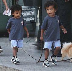 "DESIRE's Tweet - ""Baby Ye. Saint West walks out of dad's Kanye West's office, wearing Yeezy 700 sneakers "" on Trendsmap"