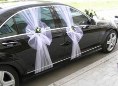 Examples of stylish wedding car decoration ., Examples of stylish wedding car decoration . Wedding Chairs, Wedding Table, Diy Wedding, Dream Wedding, Wedding Car Ribbon, Wedding Ideas, Wedding Blog, Wedding Car Decorations, Wedding Centerpieces