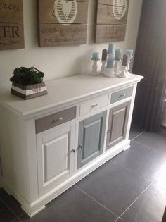Color combo with wood & greenery. Refurbished Furniture, Repurposed Furniture, Furniture Makeover, Diy Furniture, Furniture Design, Dresser Makeovers, Diy Casa, Upcycled Home Decor, Shabby Chic Kitchen