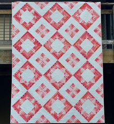 Grace and Peace Quilting: Missy's ◈ Diamonds Squared ◈ Quilt Quilt Block Patterns, Quilt Blocks, Crochet Patterns, Patchwork Patterns, Lap Quilts, Pattern Library, How To Make Notes, Vintage Quilts, Quilting Designs