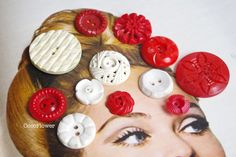 12 #Buttons #Vintage #Button white red Antique set from Coco Supplies - crochet applique, fabric button, gift tag, clothepins, vintage buttons by DaWanda.com  www.pinterest.com/cocoflower
