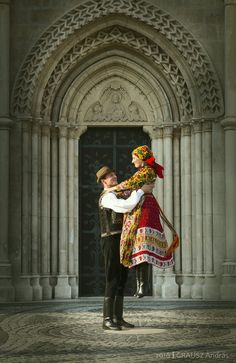 Hungarian dance ... ending  with a lift ...
