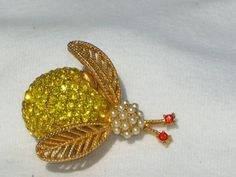 Gorgeous Vintage HOLLYCRAFT Rhinestone Insect Bug Brooch Pin